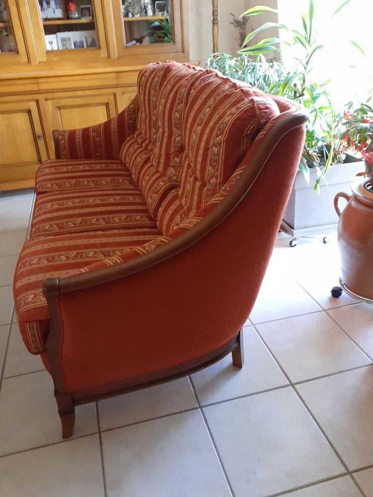 Canapé style 400 Maure-de-Bretagne (35)