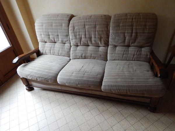 Achetez canape tissu et bois occasion annonce vente for Bois et chiffons canape