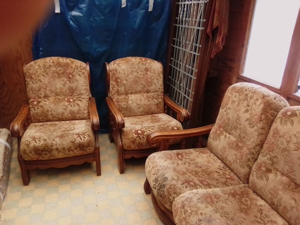 Canapé tissu et chêne 100 Hardencourt-Cocherel (27)