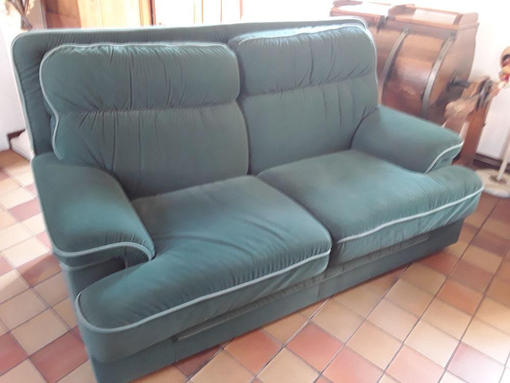 Canapé en tissu et un faureuil 160 Marenla (62)