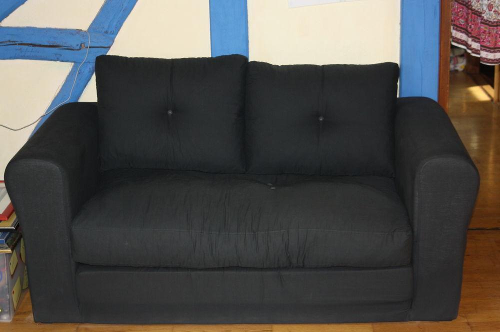 canapé tissu noir 100 Bolleville (76)