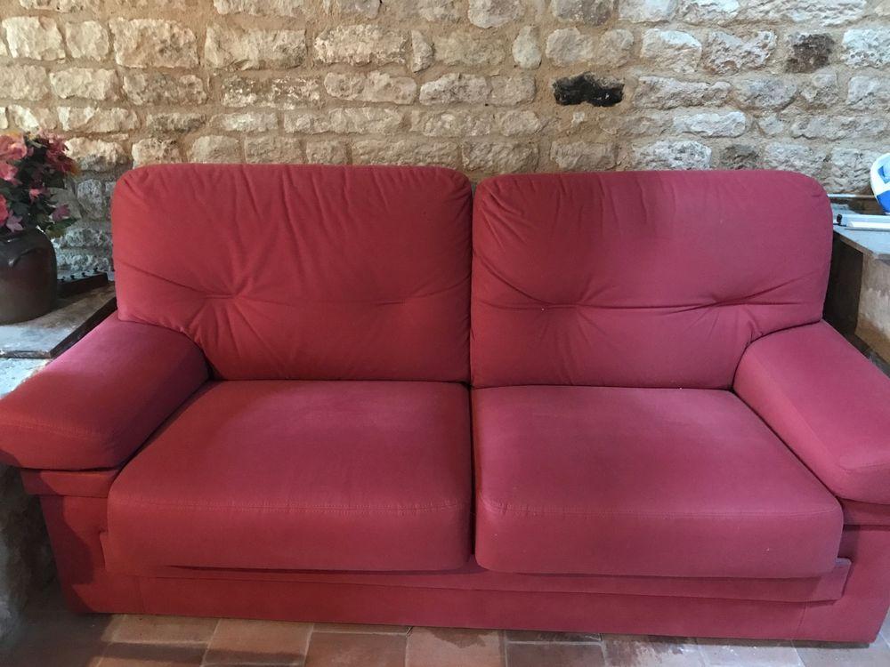 canap s 2 places occasion niort 79 annonces achat et vente de canap s 2 places paruvendu. Black Bedroom Furniture Sets. Home Design Ideas