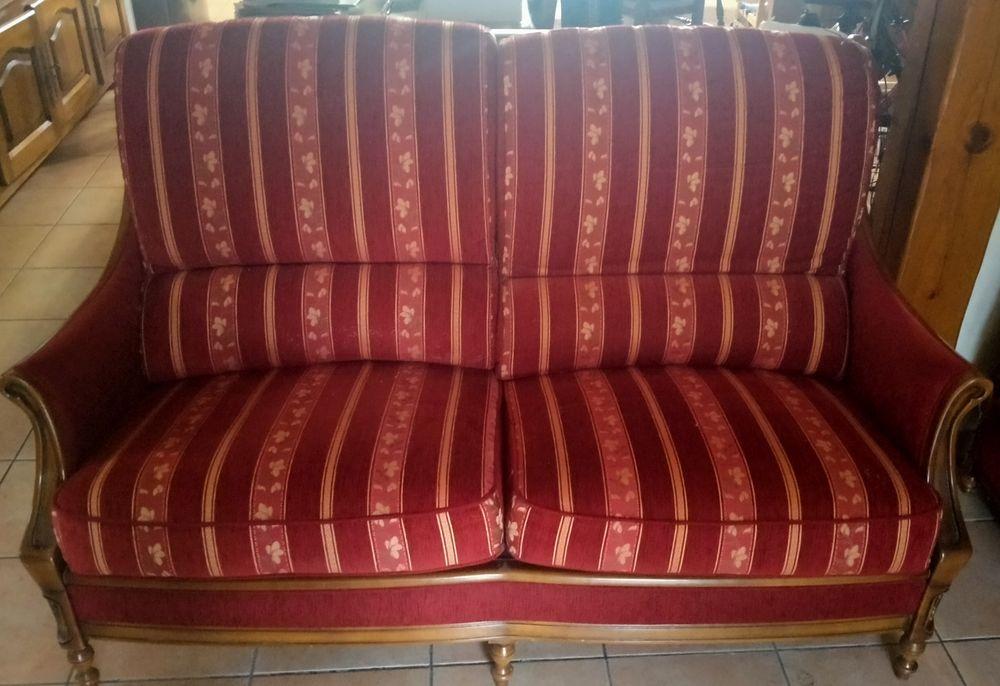 Canapé Vintage Velours Bordeau et Boisé  500 Arleux (59)