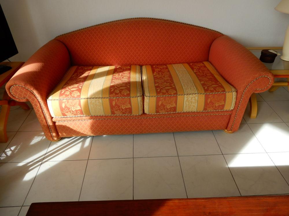 Canapé 100 Tanneron (83)