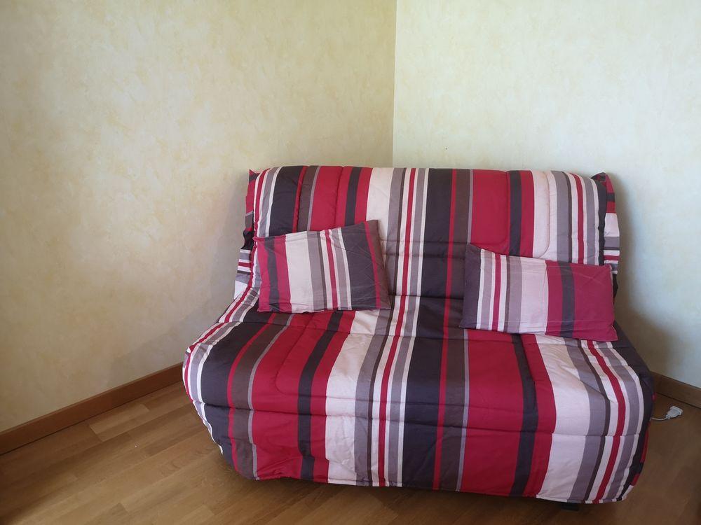 Canapé BZ 150 Romillé (35)