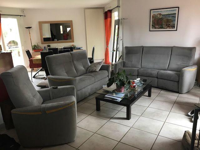 canapes + fauteuil 0 Agen-d'Aveyron (12)