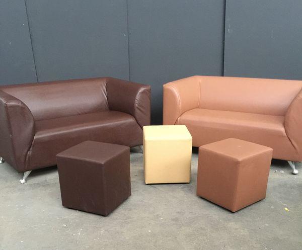 poufs occasion dans le tarn 81 annonces achat et vente de poufs paruvendu mondebarras. Black Bedroom Furniture Sets. Home Design Ideas