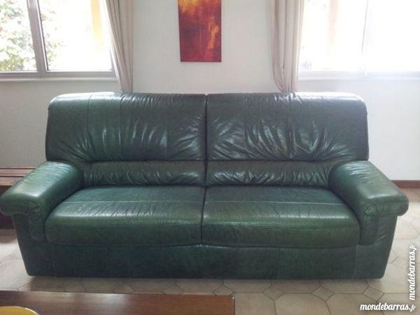 canap s 2 places occasion fontenay tr signy 77 annonces achat et vente de canap s 2 places. Black Bedroom Furniture Sets. Home Design Ideas
