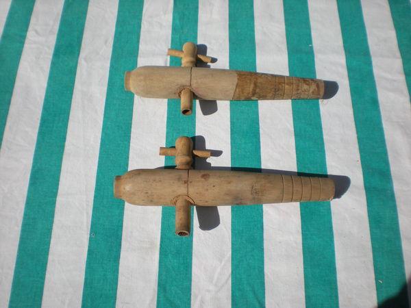 2 cannelles ou champleure pour fûts en bois 4 Bailleau-l'Évêque (28)