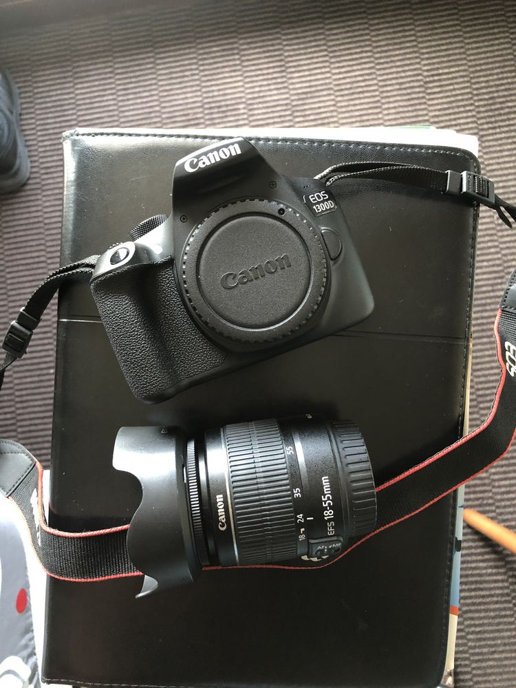 Canon EOS 1300D, objectif 18-55mm 300 Lille (59)