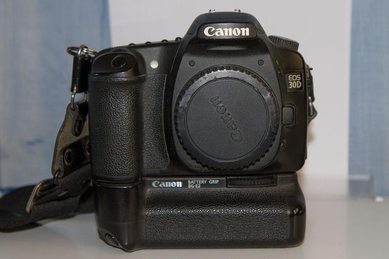 Canon 30D + accessoires  350 Pessac (33)