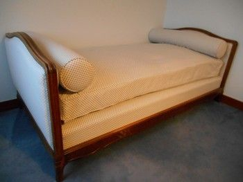 Achetez lit capitonn 1 occasion annonce vente la fert sous jouarre 77 - Couvre sommier tapissier ...