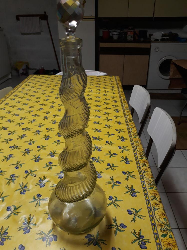 carafe verre torsadée 8 Margency (95)