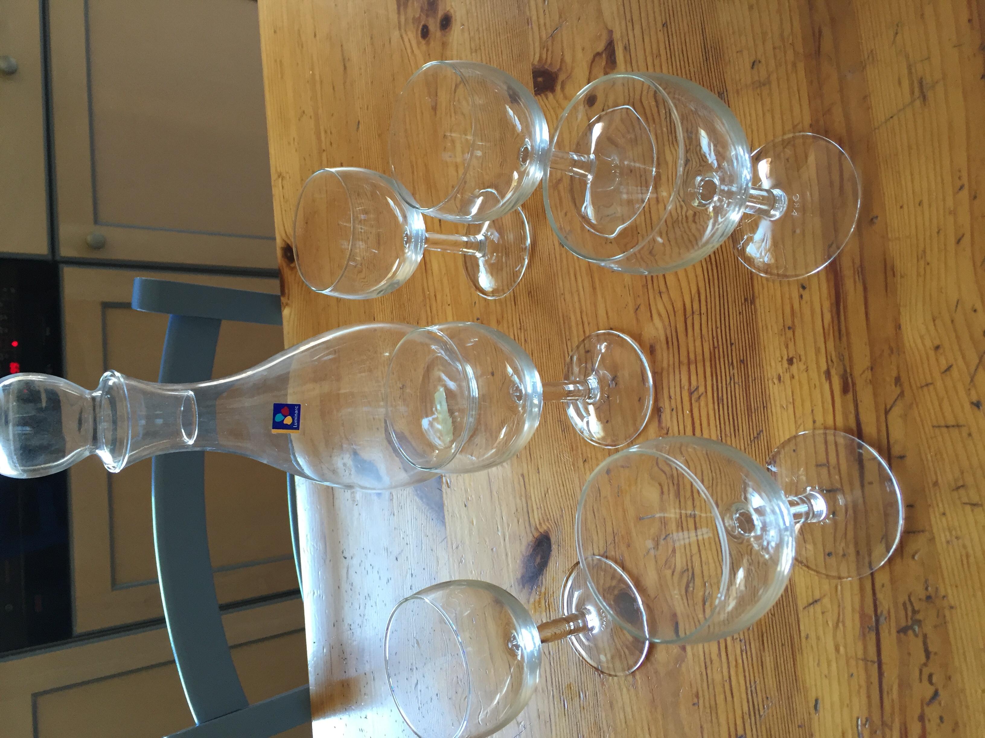 carafe et verre à vin 10 Nantes (44)