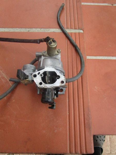 carburateur honda gxv 390 prix 60€ 60 Muret (31)