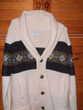 cardigan en laine soie et synthétique avec des motifs bleus Vêtements