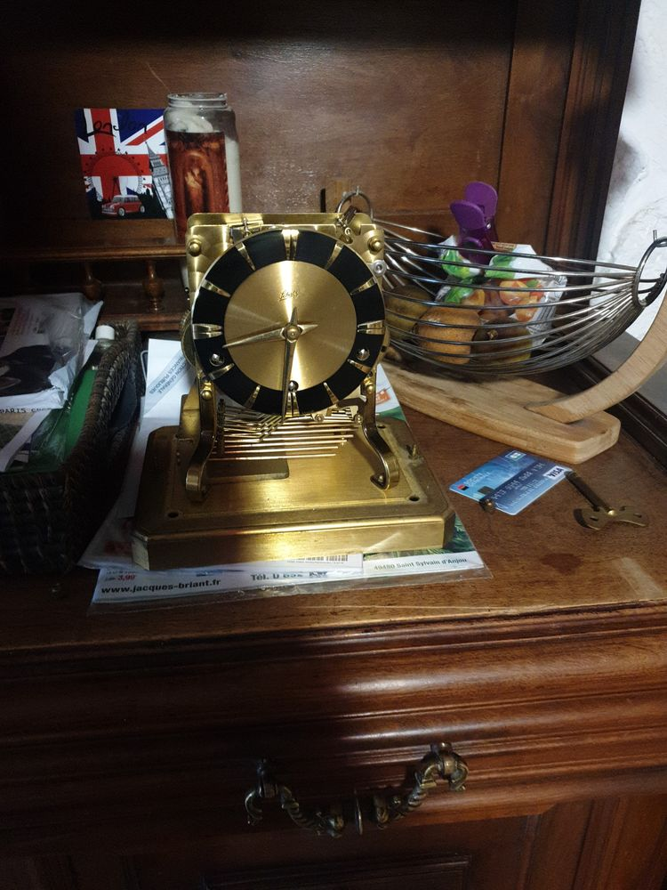 carillon 0 Sénas (13)