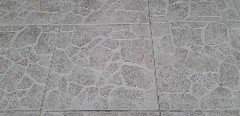 carrelage exterieur  0 Palau-del-Vidre (66)