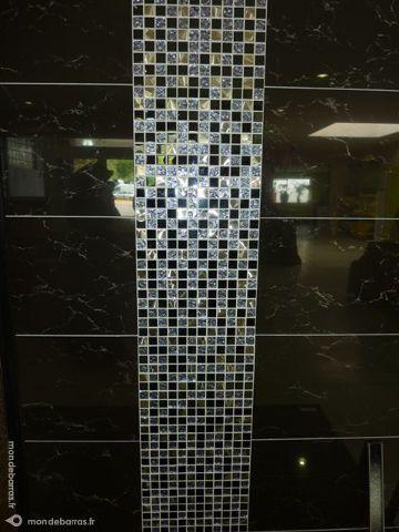 Carrelage pleine masse noir poli effet marbre Bricolage