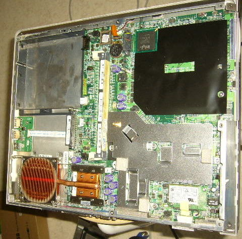 carte mere fonctionnelle,clavier PC PORTABLE  Amilo L6820 15 Versailles (78)
