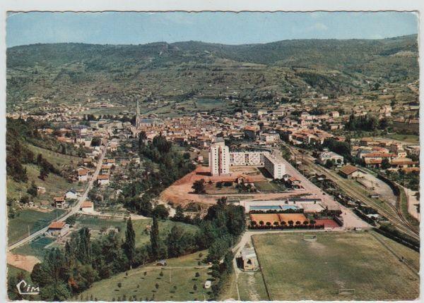 Carte Postale Ancienne (1968) Saint-Afrique (Aveyron) 2 Mèze (34)