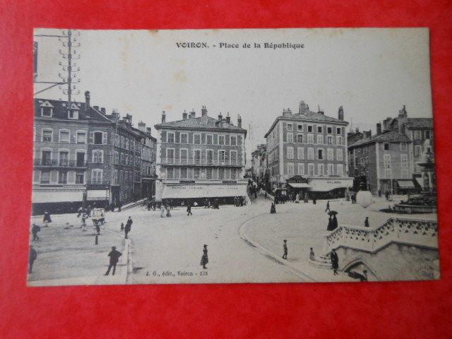 carte postale ancienne VOIRON  CPA 3 6 Grézieu-la-Varenne (69)