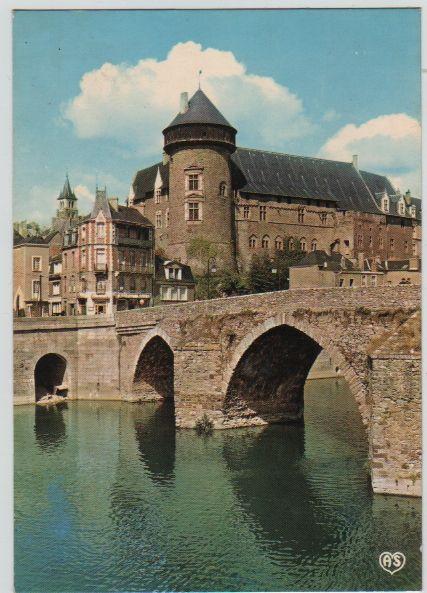Carte Postale Neuve Laval (Mayenne) 2 Mèze (34)