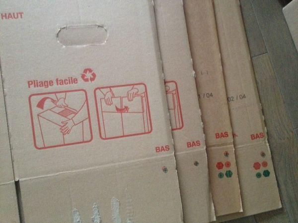 carton demenagement pas cher manutention rangement meubles. Black Bedroom Furniture Sets. Home Design Ideas