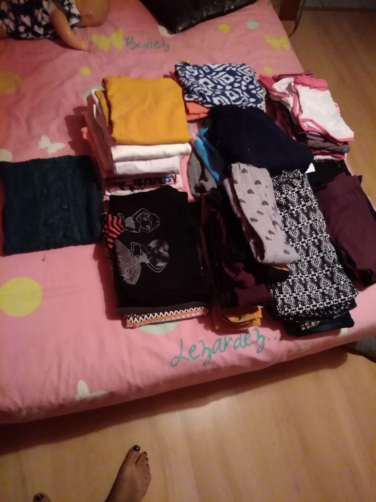 un carton vêtements fille 6_8ans 10 Teissières-de-Cornet (15)