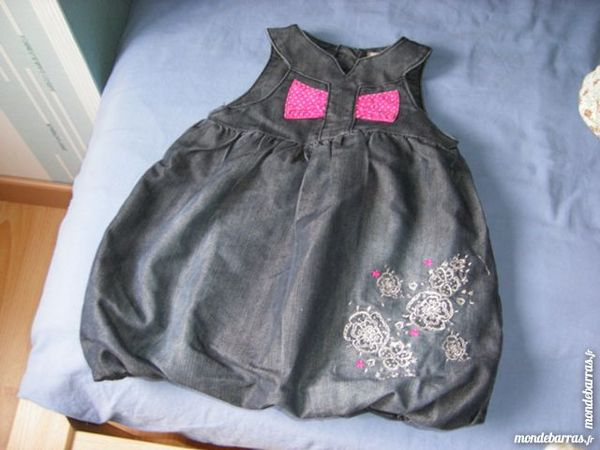 carton vêtements  9 mois fille 40 Laventie (62)