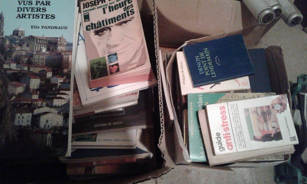 3 cartons de livres 0 Monéteau (89)