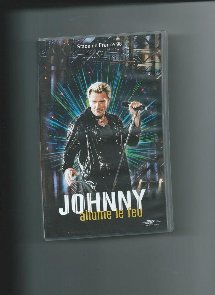 casette VHS   JOHNNY au stade de France  0 Mulhouse (68)