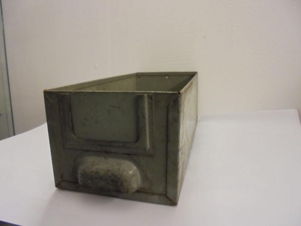 casier tiroir métallique industriel 9 Saint-Laurent-de-Mure (69)