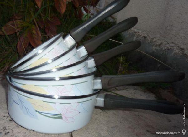Lot 5 casseroles d occasion 3 Bonnelles (78)