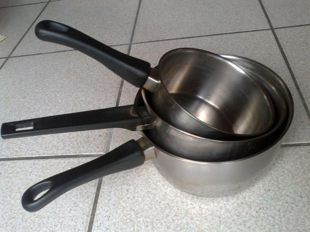 Lot 3 casseroles 10 Challans (85)