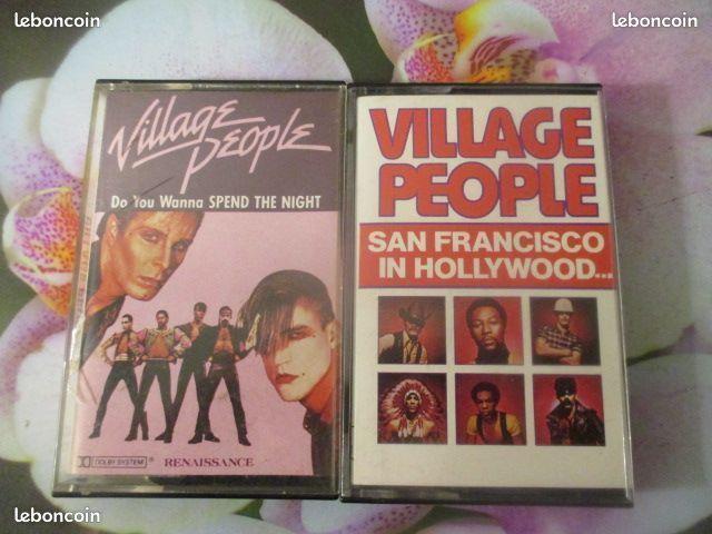 Cassette audio stéréo Village People  0 Hérouville-Saint-Clair (14)
