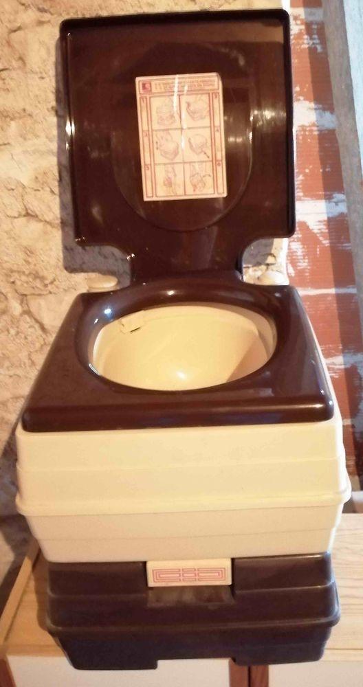 cassette WC chimique pour camping-car ou caravane 0 Albi (81)
