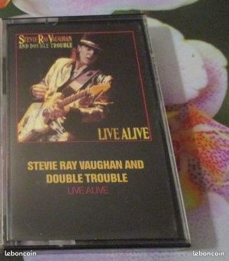 Cassettes audio Stevie Ray Vaughan & Double Trouble  7 Hérouville-Saint-Clair (14)