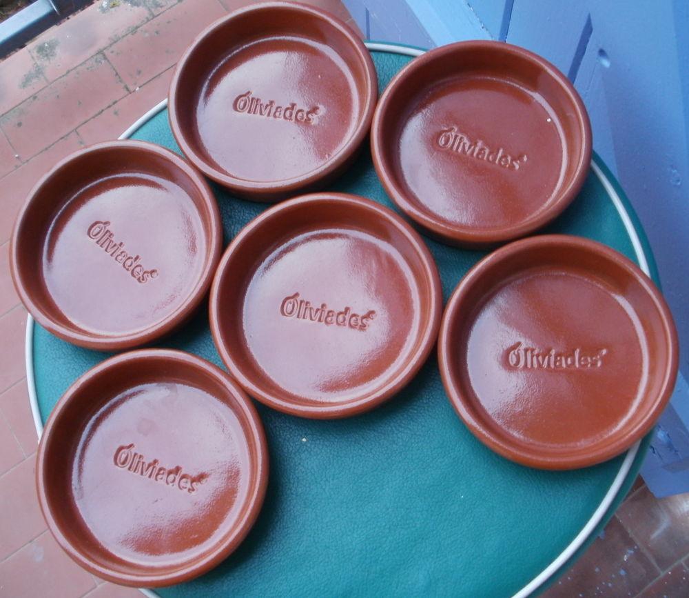 6 Cassoles ou ramequins en terre cuite 5 Montauban (82)