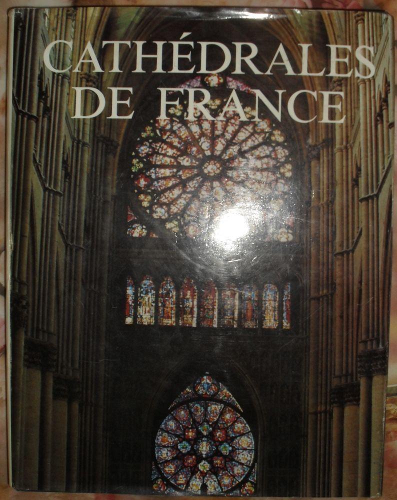 Cathédrales de France: l'Epopée des Cathédrales. 35 Montreuil (93)