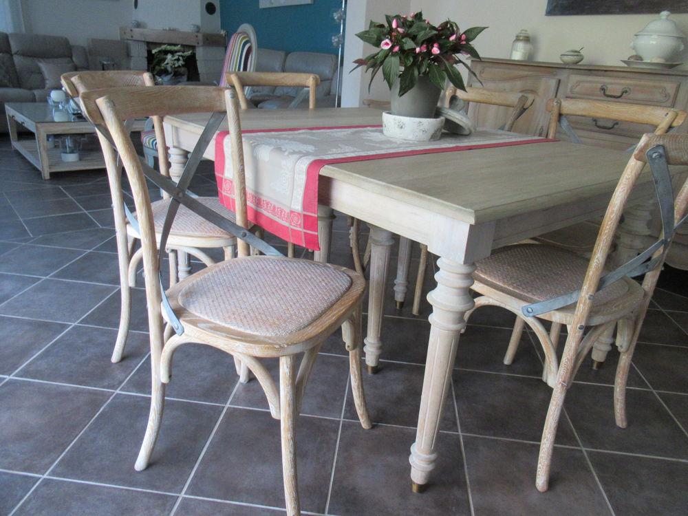 Cause déménagement table chêne + 6 chaises 200 Simiane-Collongue (13)