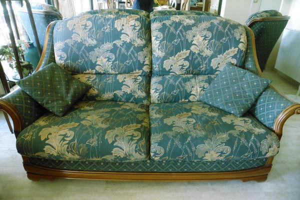 Cause démenagement vends divers meubles 700 Cannes (06)