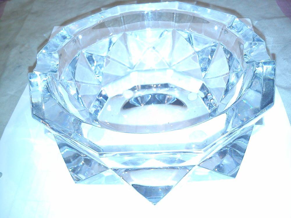 cendrier en cristal 100 Argenteuil (95)