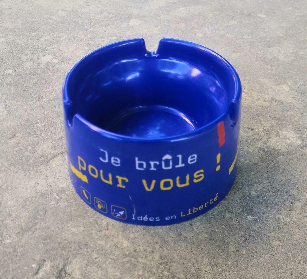 Cendrier GAULOISE rond Je brûle pour vous 7 La Seyne-sur-Mer (83)