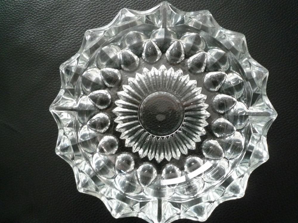 Cendrier rond / vide poche en Cristal D arques  10 Dole (39)