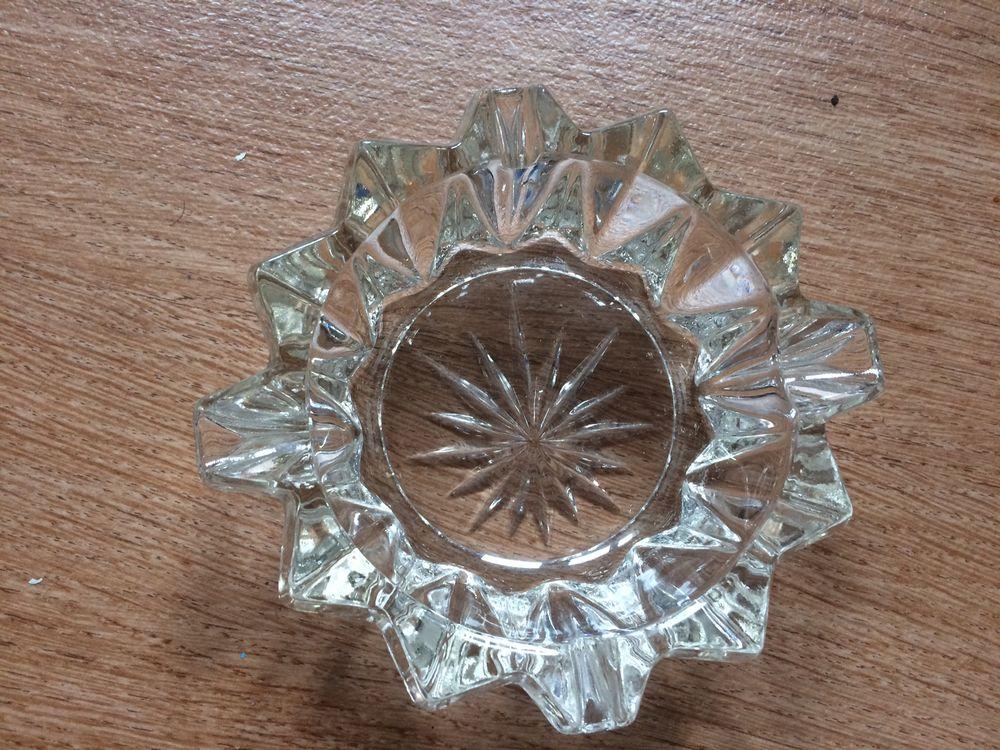 Cendrier en verre 0 Vanves (92)