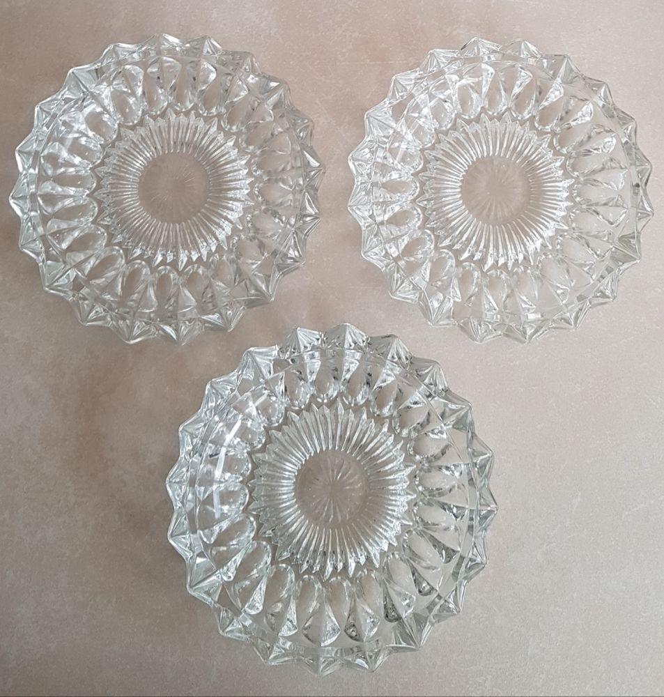 Cendriers / vide-poche en verre 10 Marignane (13)