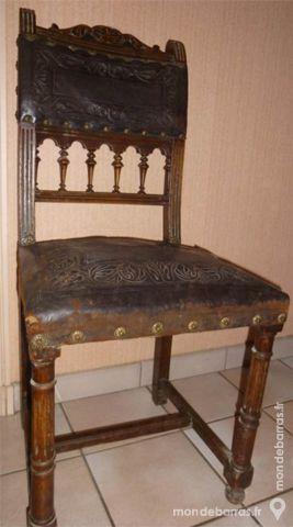 Chaise ancienne en cuir 100 Chalon-sur-Saône (71)