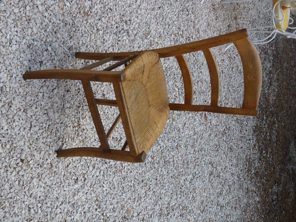 chaise ancienne 10 La Valette-du-Var (83)