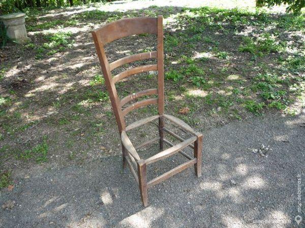 Chaise basse à rempailler rustique/de nourrisse 35 Castres (81)